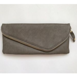 Urban Expressions Gray Envelope Clutch
